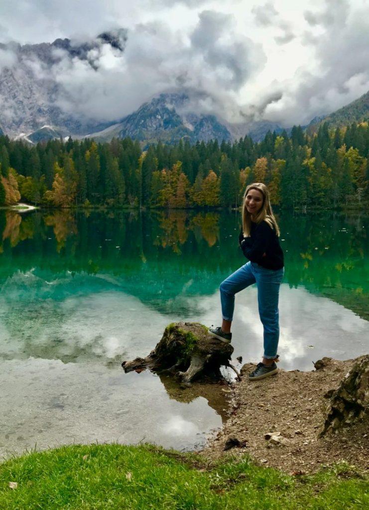 Laghi di Fusine lago superiore e inferiore percorso e trekking laghi friuli escursioni
