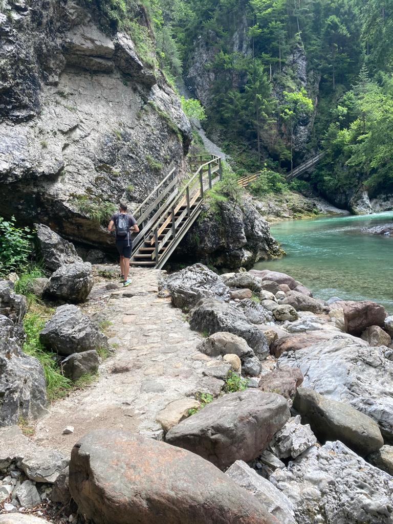 orrido dello slizza trekking in montagna per bambini camminata semplice tarvisiano