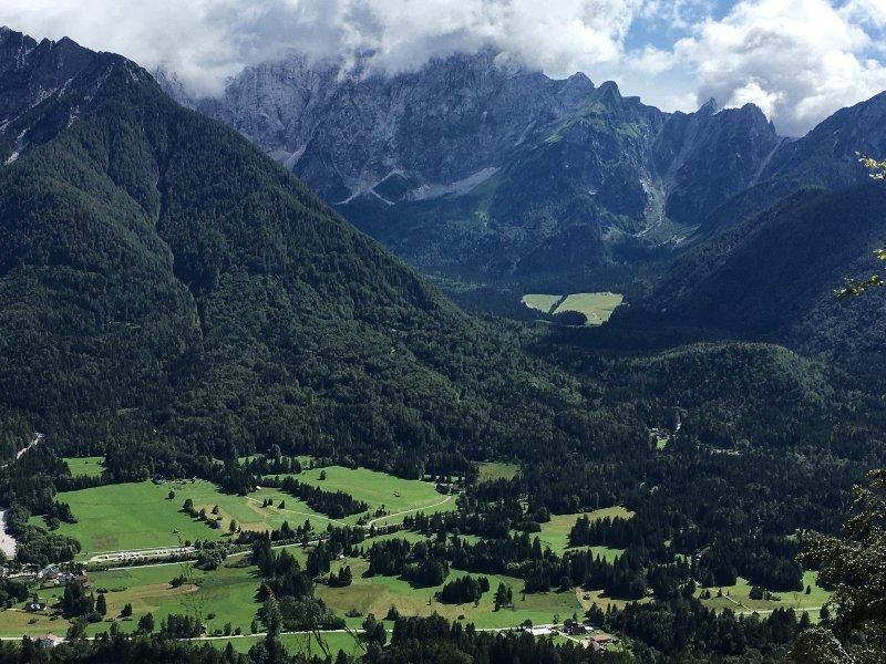 Panorama dall'anello del monte forno
