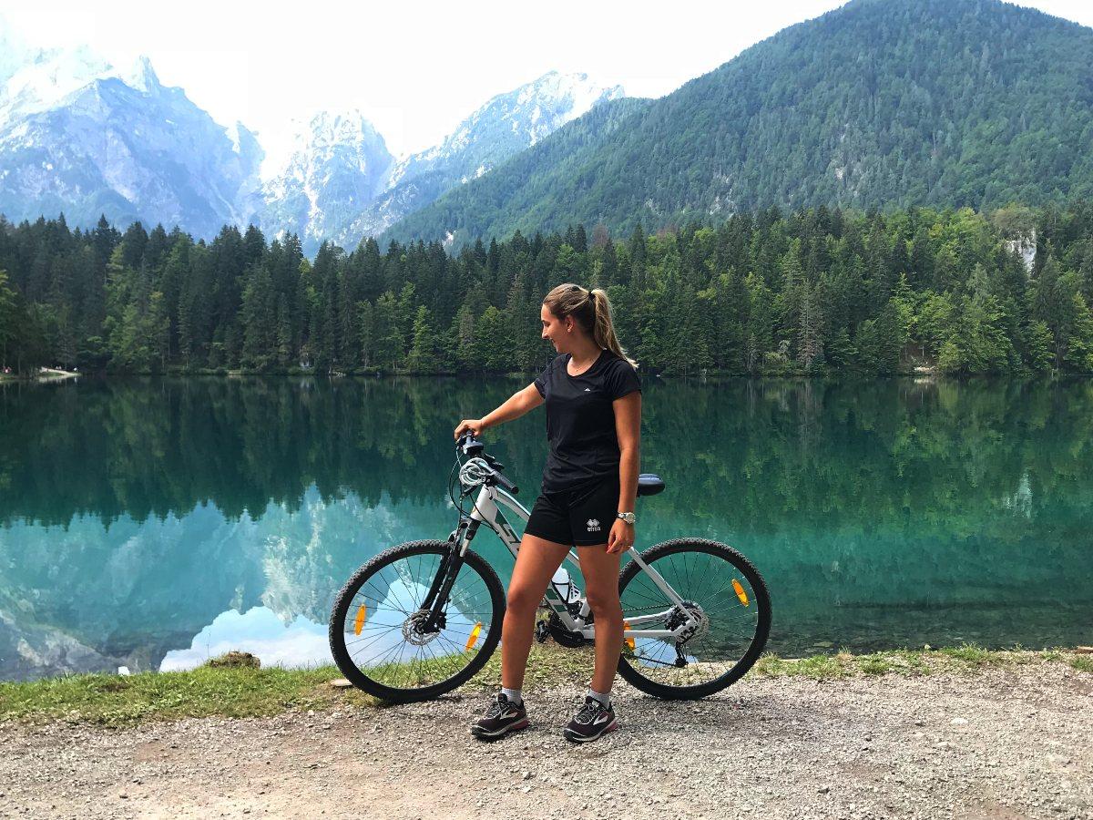 Laghi di fusine e rifugio zacchi in bicicletta escursioni mtb