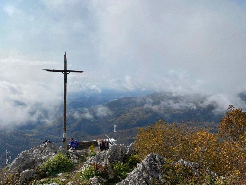 Montagna e croce Monte pala