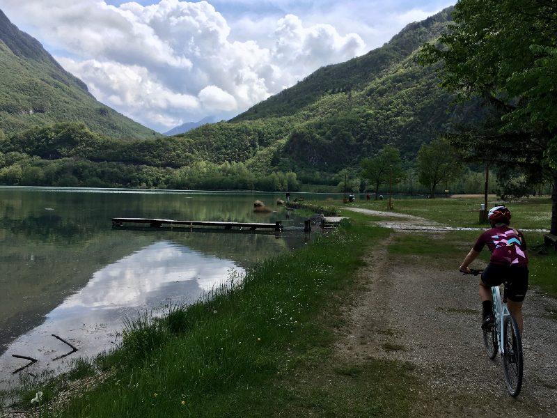 Lago di Cavazzo in bicicletta