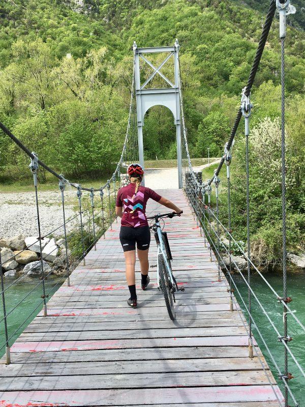 Attraversamento del ponte